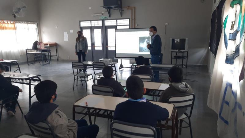 El área de Educación y Cultura del Agua de Irrigación se acerca más a las escuelas